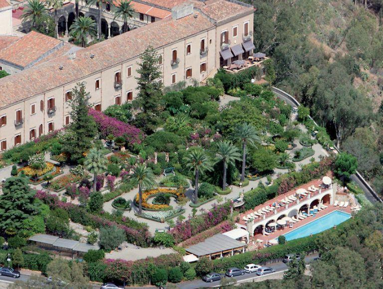 Star Hotels Near Rome Italy