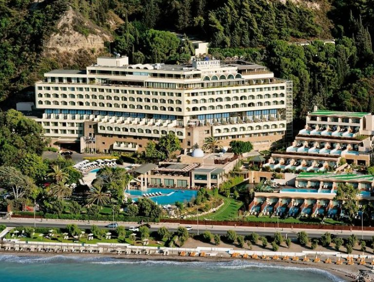 Hotel Amathus Beach