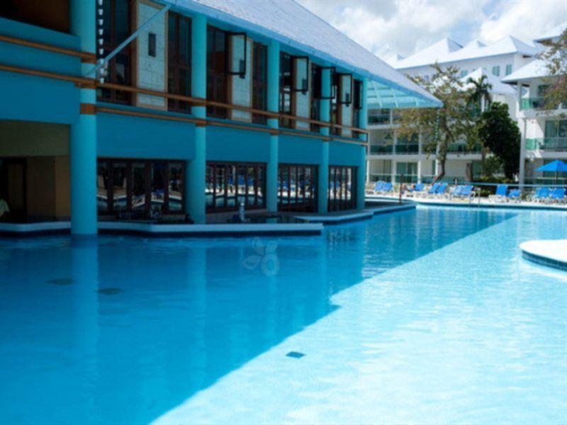 Grand Paradise Playa Dorada Angebot aufrufen