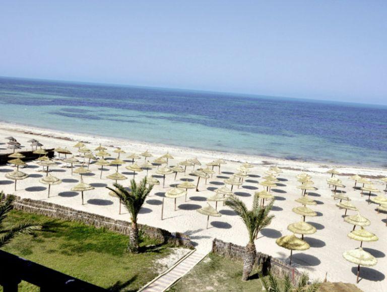Hotel diana beach hotel in oase zarzis neckermann reisen for Hotels zarzis