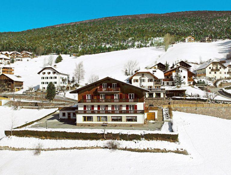 Hotel Garni Dolomitenblick - Hotel in Sankt Ulrich (Ortisei ...