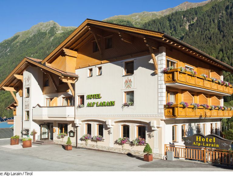 Hotel Alp Larain Urlaub 2019 In Mathon Neckermann Reisen