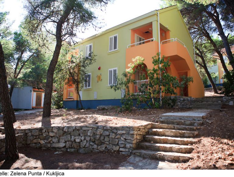 Hotel Holiday Park Zelena Punta Urlaub 2019 In Kukljica Insel