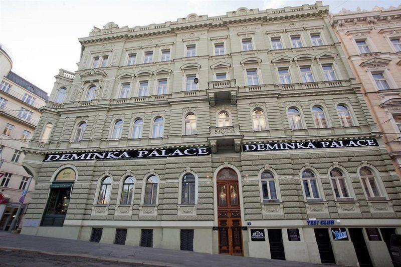 Deminka Palace
