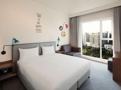 Hotel Rove Healthcare City In Dubai Bei Thomas Cook Buchen