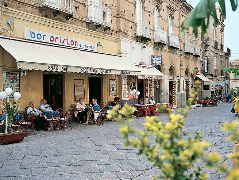 Hotel Terrazzo Sul Mare - Hotel in Tropea | Neckermann Reisen