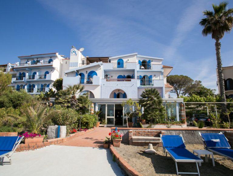 Hotel nike urlaub 2019 in giardini naxos neckermann reisen