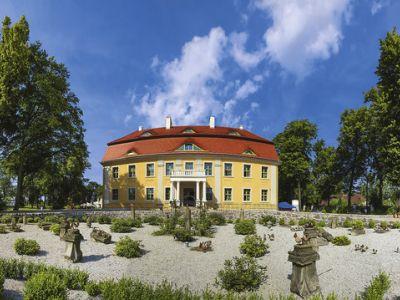 Akzent Schlosshotel Wiechlice In Szprotawa Bei Thomas Cook Buchen