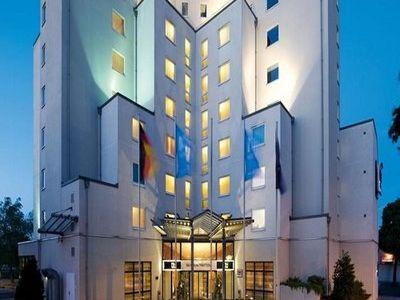Hotel Ibis Styles Berlin Treptow In Berlin Bei Thomas Cook Buchen