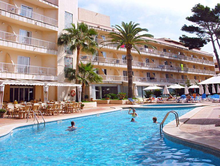 Hotel Alondra Urlaub 2019 In Cala Ratjada Neckermann Reisen