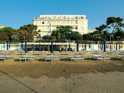 Grand Hotel Mediterranee Urlaub 2019 In Alassio Neckermann Reisen