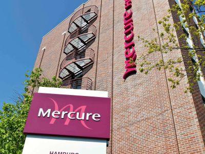 Hotel Mercure Hamburg Am Volkspark In Hamburg Bei Thomas Cook Buchen