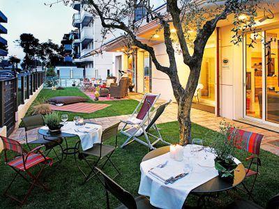 D-Place Aparthotel & Suite in Riccione bei Thomas Cook buchen