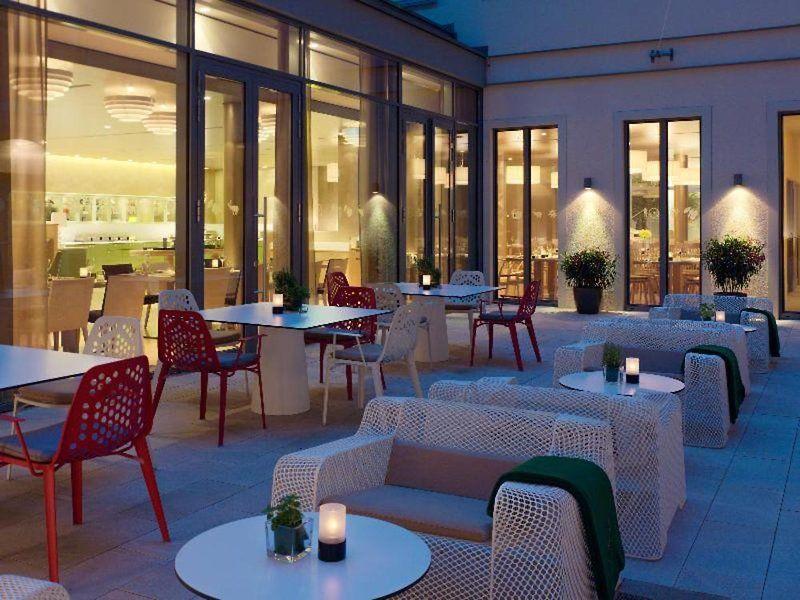 Hyperion Hotel Am Schloss In Dresden Bei Thomas Cook Buchen