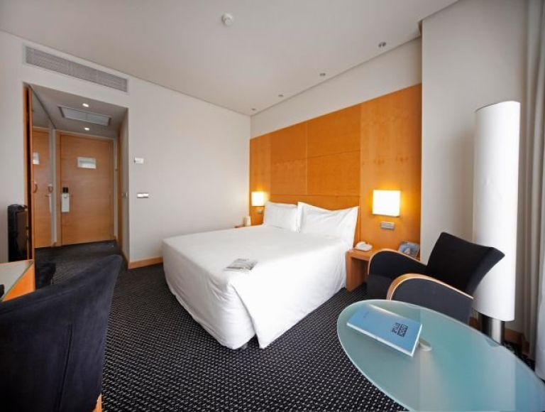 Hotel Silken Puerta Madrid - Hotel in Madrid | Neckermann Reisen
