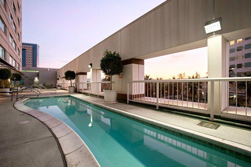 Hilton San Jose & Towers