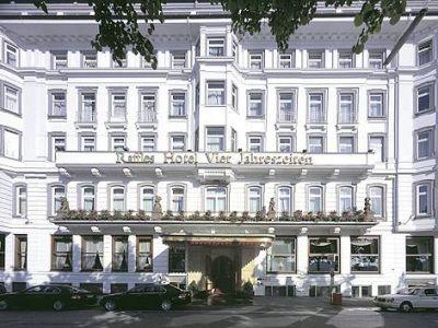 Fairmont Hotel Vier Jahreszeiten In Hamburg Bei Thomas Cook Buchen